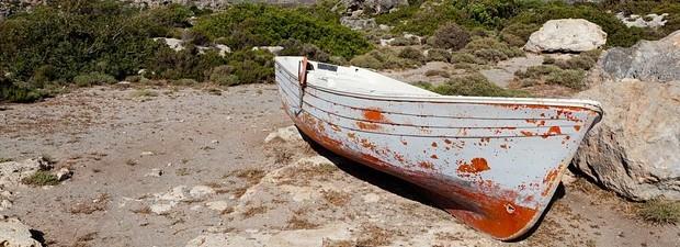 boat-165088_640