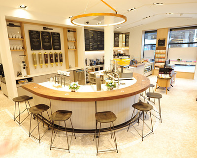 Inside Second Cup's newly designed cafes. (Image courtesy of Second Cup.)