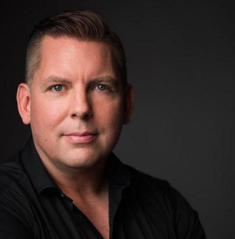 Darrell MacMullin | CEO BitGold