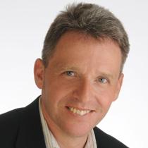 Peter Kallai headshot
