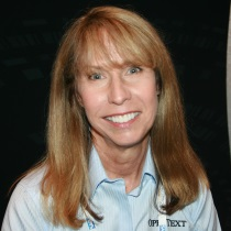 Donna Andrews headshot