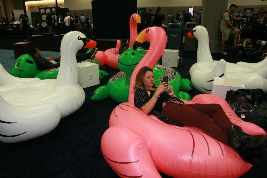 adobe-max-slideshow-8-inflatable-animal-spot